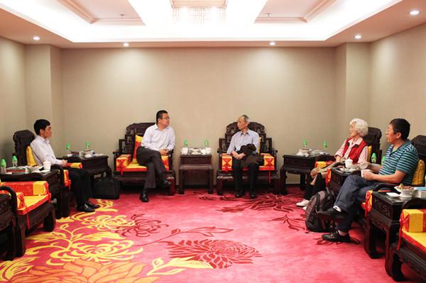 中国工程院院士王众托指导康美电商延伸大健康大服务