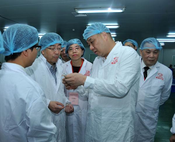 香港友好访问团到康美药业参观交流
