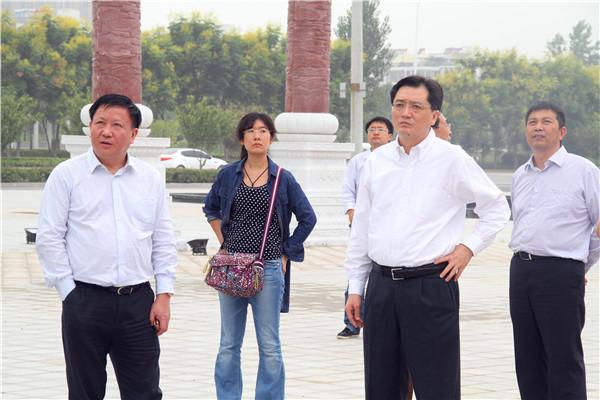 国家财政部经济建设司副司长李方旺调研中国·亳州康美中药城
