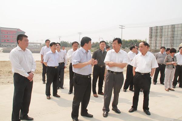 国家发改委调研组考察康美(亳州)华佗国际中药城