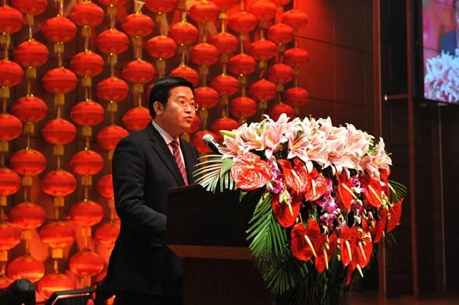 公司隆重举行2012年新年团拜会
