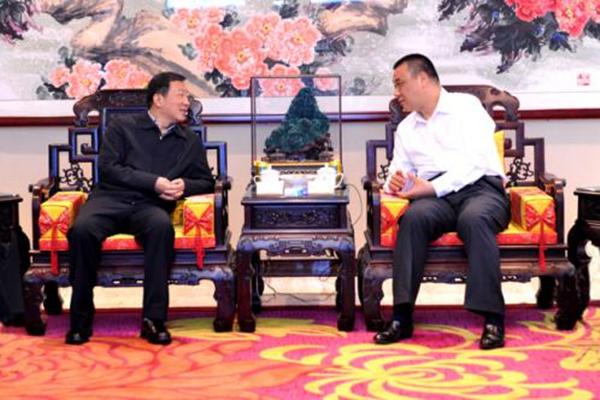 湖北咸宁市长王远鹤率队到康美药业考察