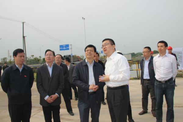 玉林市委书记莫恭明调研康美(玉林)医药健康产业项目建设