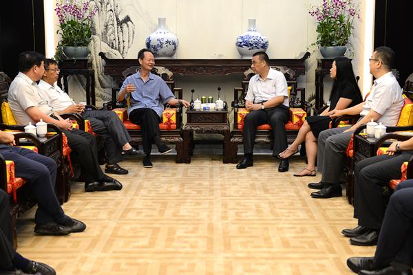 揭阳市委书记李水华寄语康美药业20年:打造粤东经济发展新高地