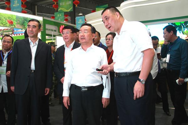 甘肃省省长唐仁健考察康美甘肃西部中药城