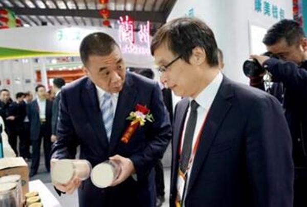 中国工程院院士黄璐琦调研康美甘肃西部中药城