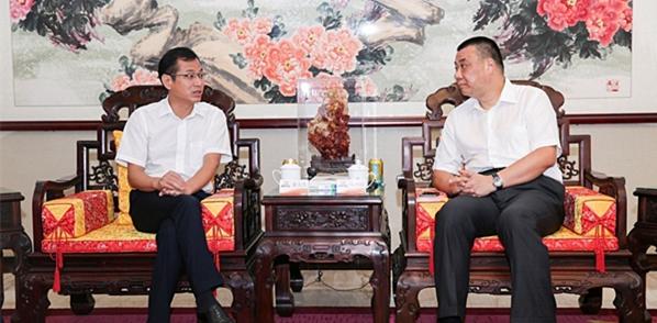 广东省罗定市委书记黄天生率队考察康美药业